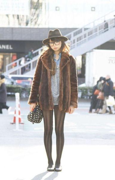 日系冬日穿法街拍日本性感美女时尚潮流情趣床电用怎么图片