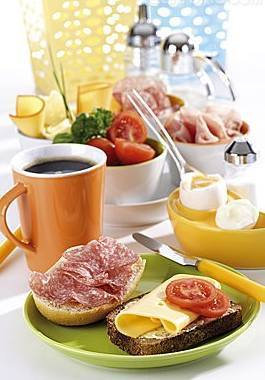 晚餐早吃少患结石