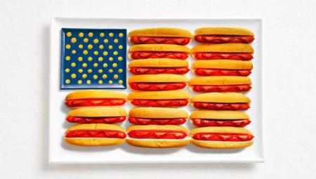 美国:热狗,番茄酱,芥末酱或奶酪