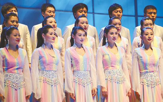 合唱团在演唱。