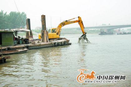 京杭运河徐州城区段疏浚工程施工现场
