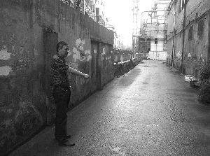乐祺佳园和张焕南土地之间的这条路也属于张焕南