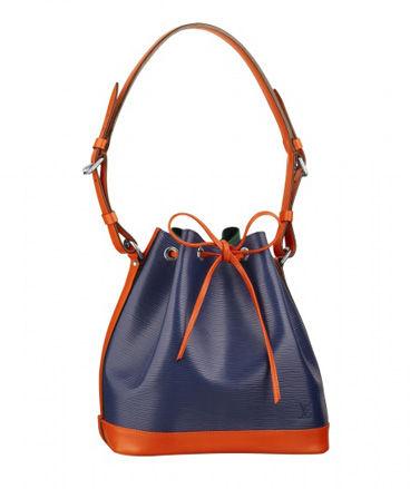 Louis Vuitton新款水桶包,以蓝紫色与橙色搭配,款式休闲,精巧实用。