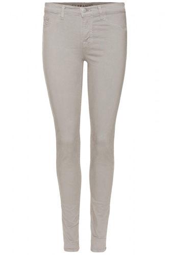J Brand中腰牛仔裤,价格:2,235 CNY
