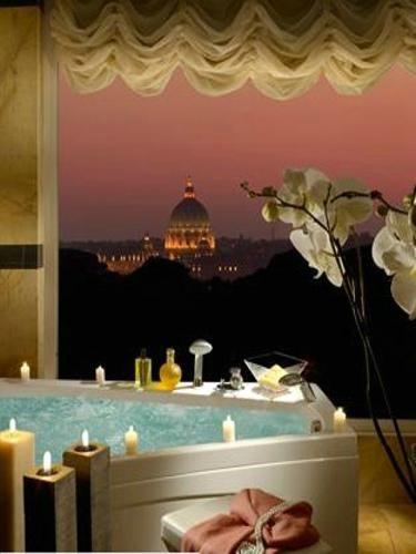 组图:泡在浴缸也能看见如画风景的度假酒店