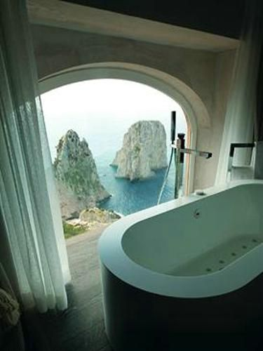 Punta Tragara酒店