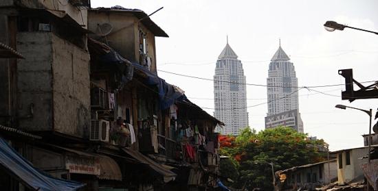 """组图:孟买""""双峰塔""""下的叹息世界最贫穷红灯区"""