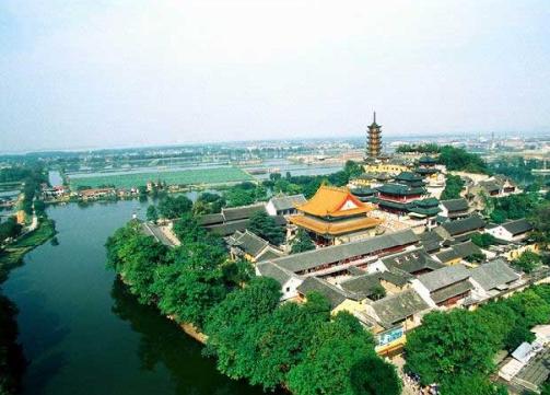 """有""""镇江外滩""""之称的长江路的建设花了不少心思,体现了镇江的苦心经营"""