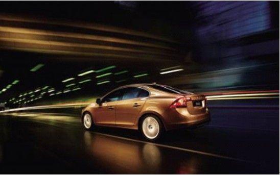 沃尔沃旗下设计最为动感的车型之一,沃尔沃s60车身动感流畅,高清图片