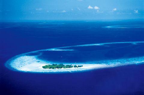 马尔代夫的水上飞机有红色和蓝色