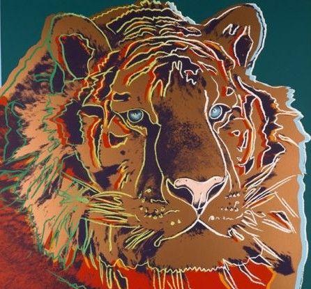 """这些色彩鲜活的彩色丝网版画,被形容为沃霍尔创作的""""化了妆的动物""""."""