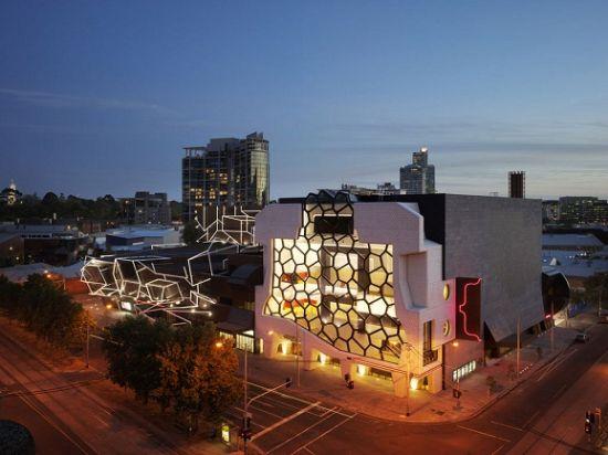 设计奇观令人赏心悦目的十大现代建筑(组图)