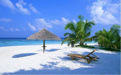 《日落之后》与巴哈马天堂岛