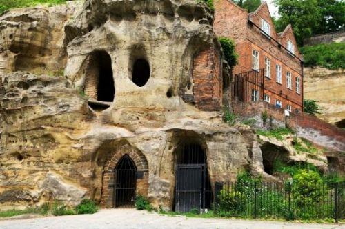 诺丁汉的溶洞,英格兰