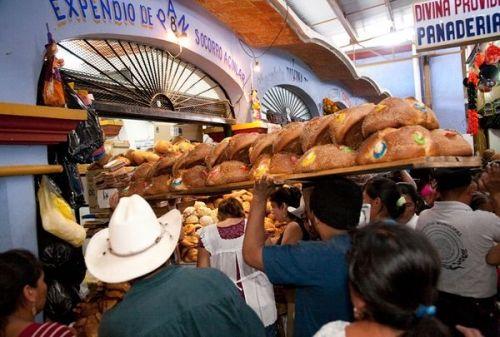 亡灵面包品尝世界上另类节日美食(组图)