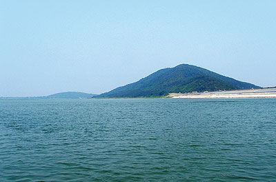 南京金牛湖风景区帆船赛场全景图