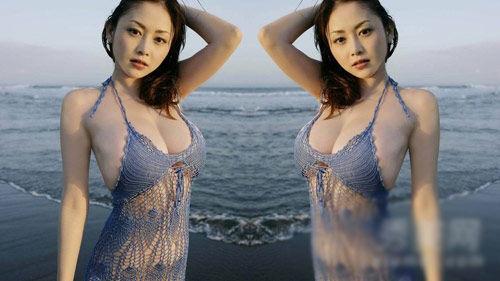 日本美女乳房艺术照图片动态图_乌克兰美女的乳房政治1