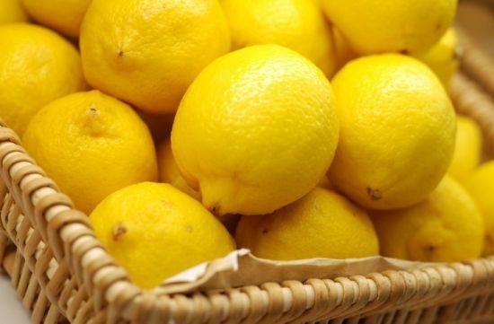 柠檬片泡水图片_鲜柠檬片泡水减肥法_图片搜索wwwwoyiduc