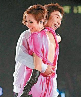 许志安先后7次向郑秀文求婚