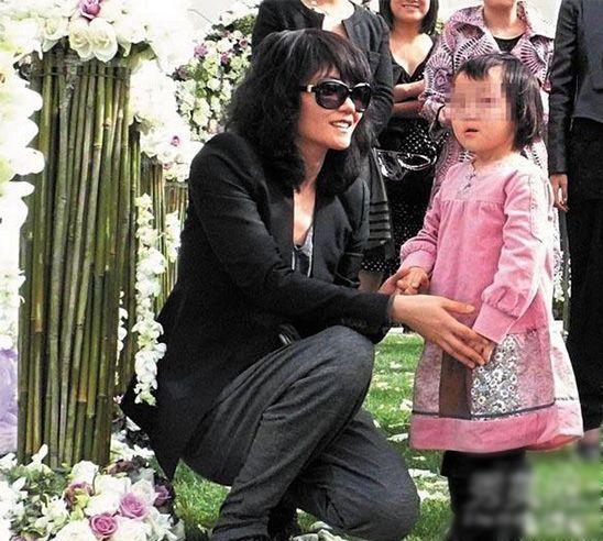 王菲的小女儿李嫣