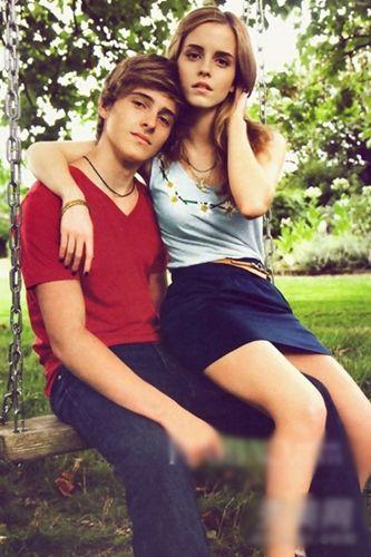 艾玛·沃特森 (Emma Watson) 与弟弟Alex Watson (左)