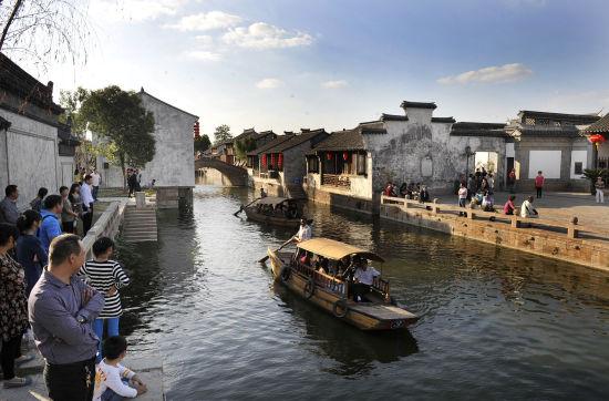 江苏的小镇房子