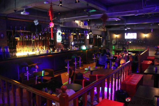 图为:酒吧内景图片