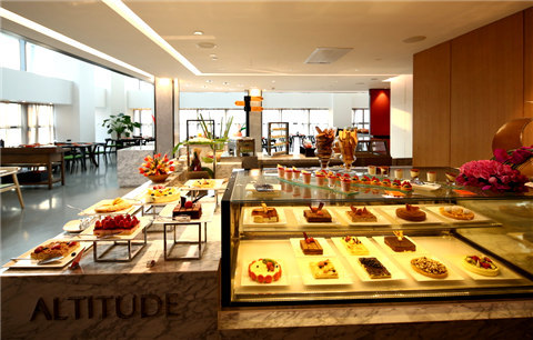 南京金奥费尔蒙酒店:云端上的美食诱惑