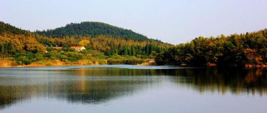 夏日茅山-民兵湖