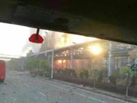 扬子厂区一车间今晨爆炸 明火已被扑灭