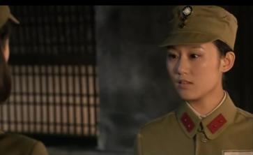 之前在《战地花开》饰演的军统与李依晓斗志斗勇.获得很高的称赞.