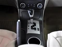 奔腾 一汽奔腾 奔腾b70 2011款 2.0at 智领型